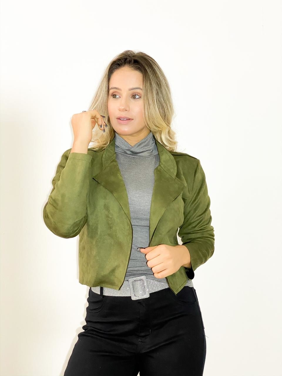 JAQUETA CROPPED SUEDE