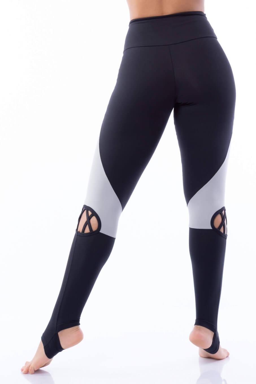 Calça Legging Poliamida Pezinho com Tiras Preta