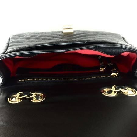 VERSALHES MÉDIA Bolsa de corrente em couro legítimo preta com metais dourados matelassê chevron