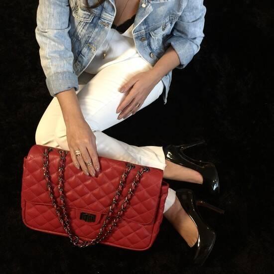 VERSALHES GRANDE Bolsa de corrente em couro legitimo vermelha com metais onix matelassê tradicional