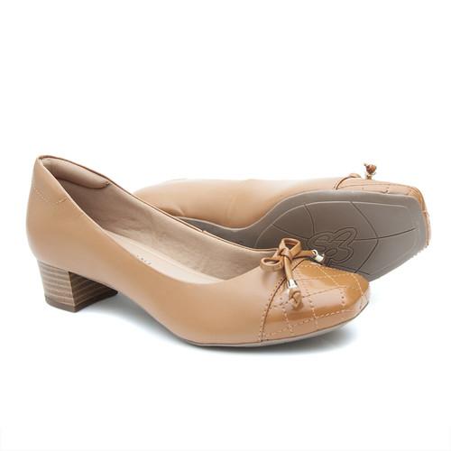 Sapato Pattini Confort em Couro com Laço Caramelo