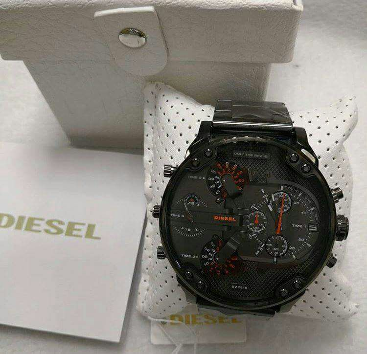 Relógio Diesel 3 BAR - Mr. Daddy 2.0 Preto