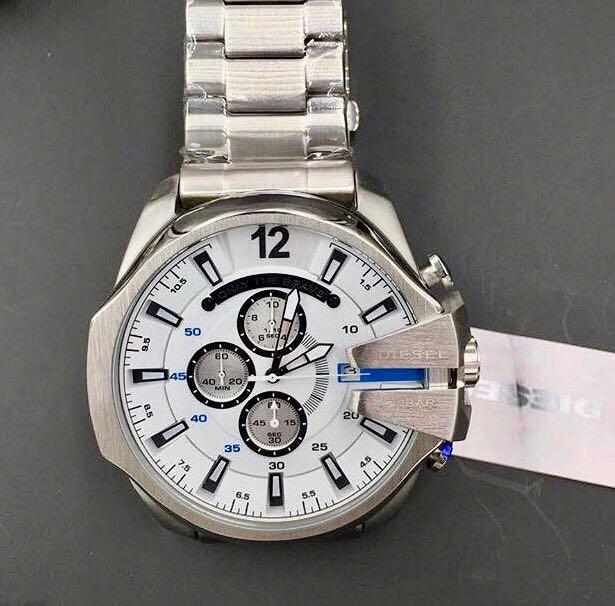 Relógio Diesel 10 BAR - Prata com Detalhes em Azul