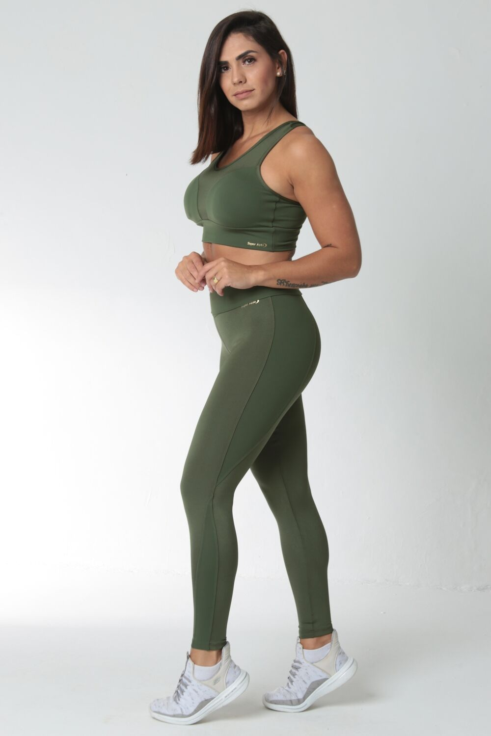 Top Fitness Alças Largas Verde Militar