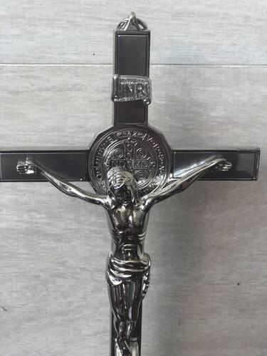 Crucifixo Cromado