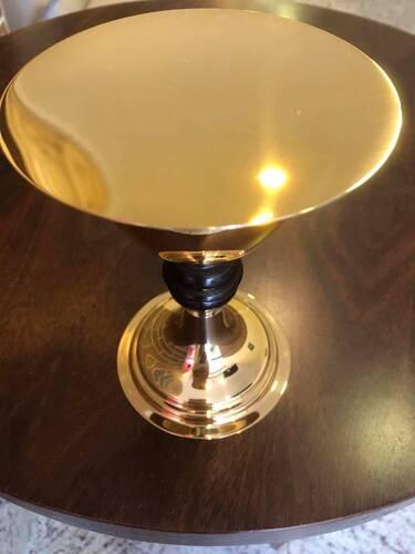 Cálice com Patena dourada, cabo com detalhe em madeira - 17cm