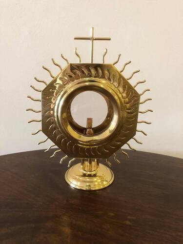 Ostensório dourado com raio - 20cm