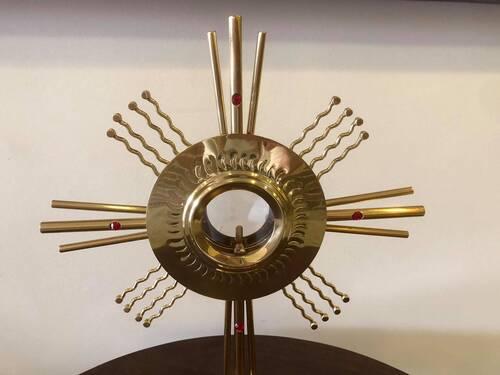Ostensório dourado trabalhado em pedra com raio - 40cm