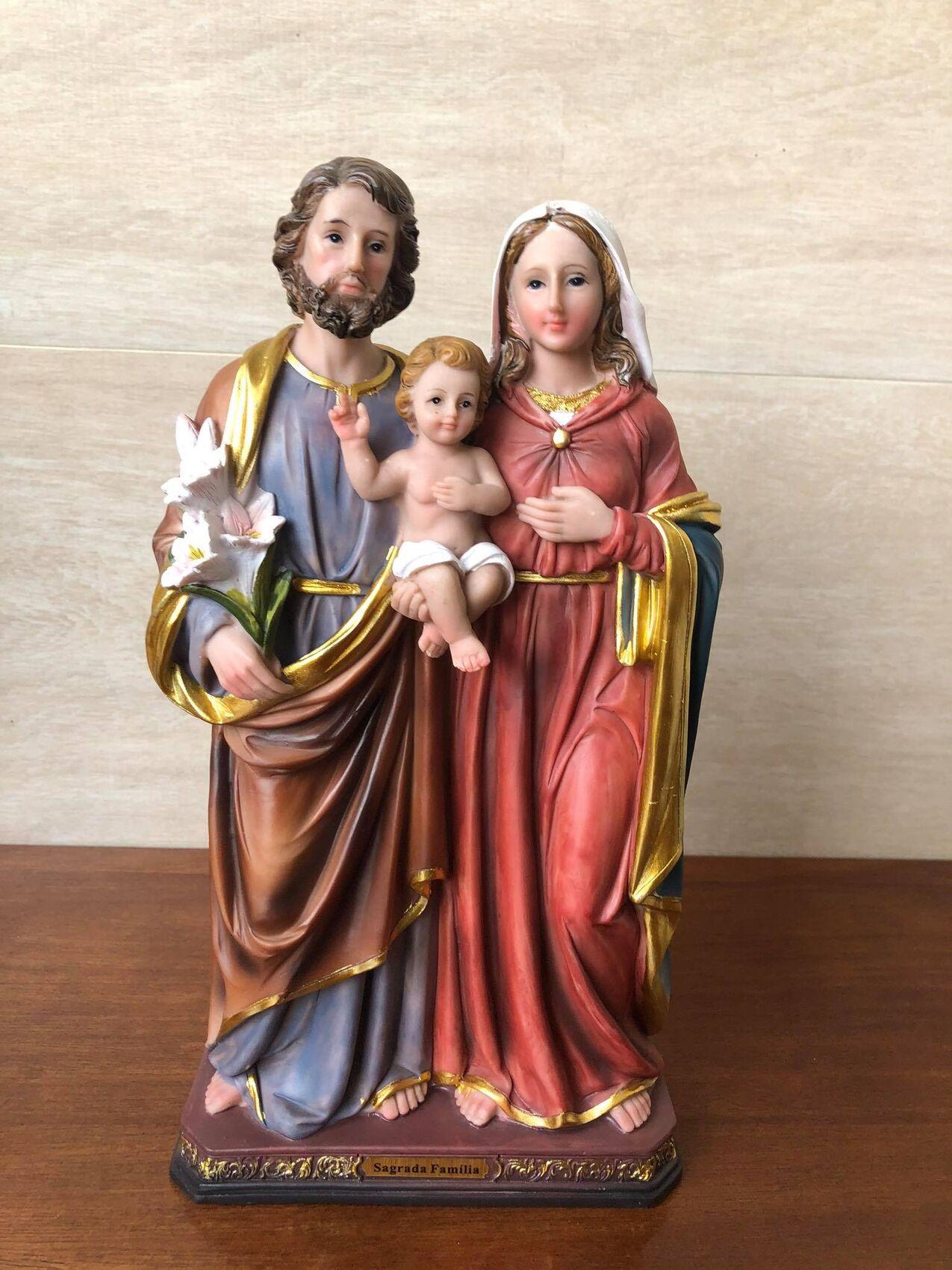 Sagrada Família - 30 cm - Resina Importada