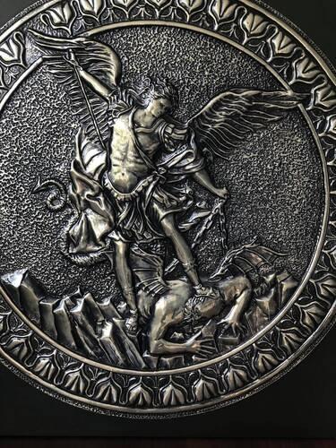 Quadro São Miguel Arcanjo em Madeira com Metal