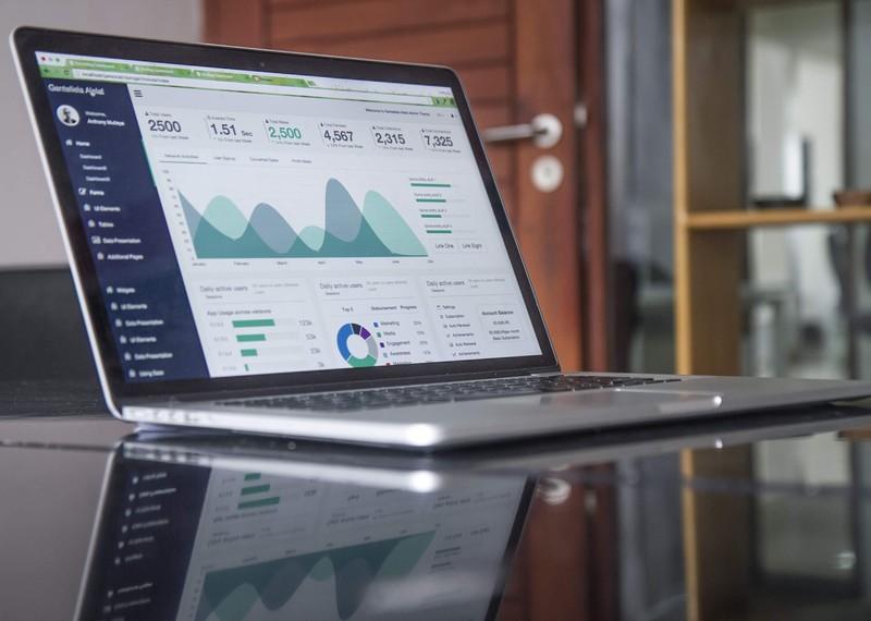 Como aproveitar as melhores práticas de negócios em sua pequena empresa